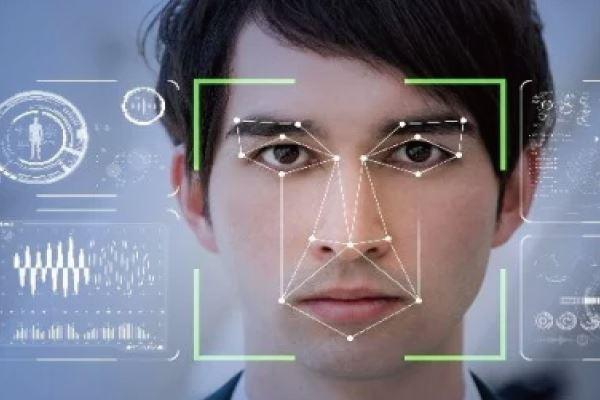 智能辨識播放系統